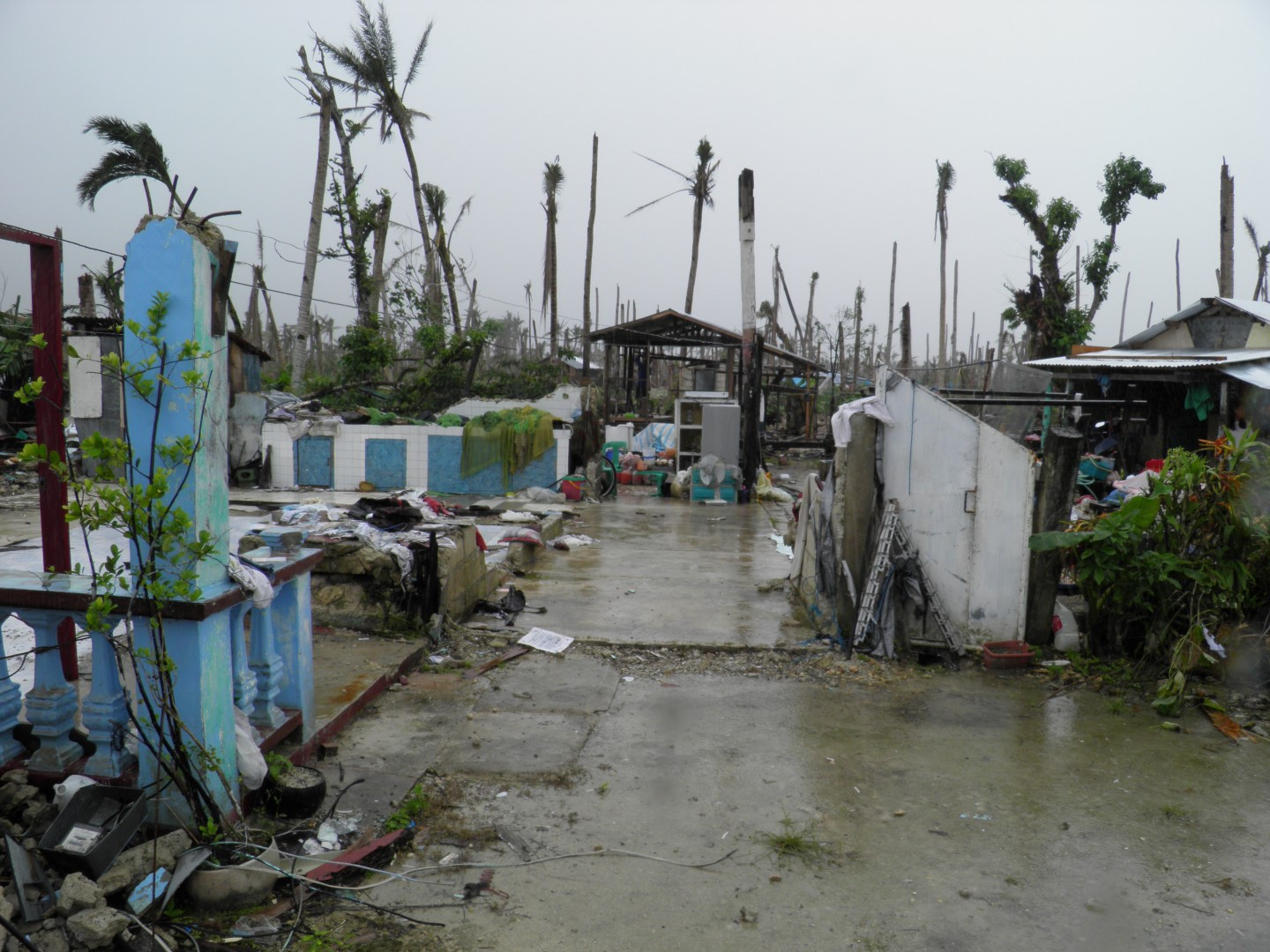4-Guiuan-Destroyed-barangays-villages