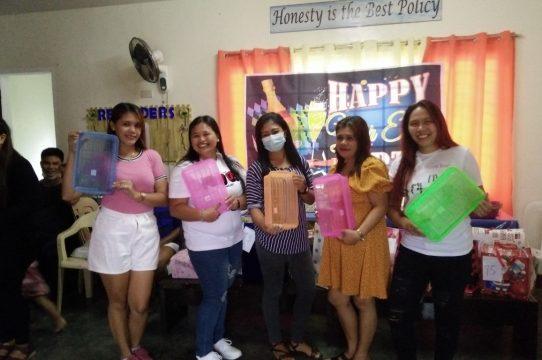 Christmas Gift Giving : Aetas – Olongapo